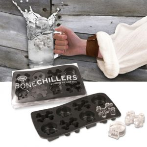 BONE CHILLERS SKULL & CROSS BONES ICE CUBE TRAY