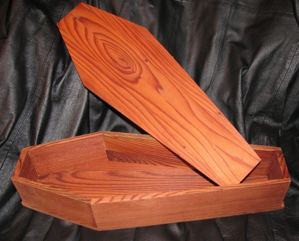 REDWOOD TOE-PINCHER COFFIN