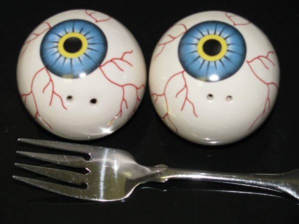 EYEBALL S&P SHAKERS -- BLUE EYES