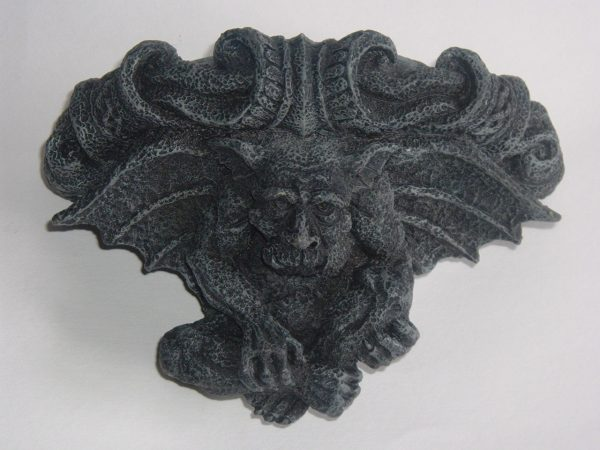GARGOYLE WALL-POCKET